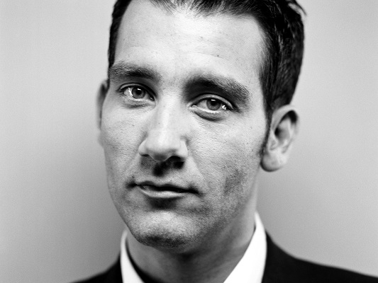 Clive Owen Contact Information