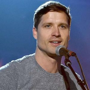 Walker Hayes Contact Information