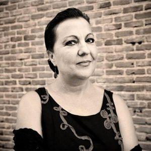 Carmen Linares Contact Information