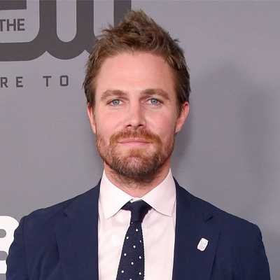 Stephen-Amell-Contact-Information
