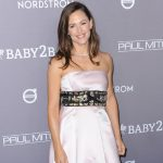 Jennifer-Garner-Contact-Information