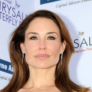 Claire-Forlani-Contact-Information