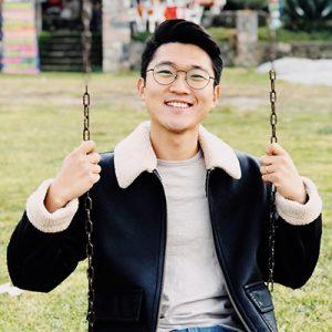 Coreano-Vlogs-Contact-Information