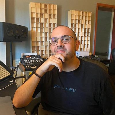 Victor-Ruiz-Contact-Information